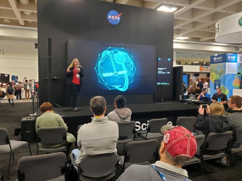 Danielle Groenen NASA Hyperwall